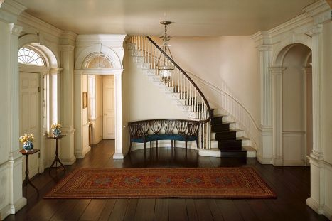 ThornePhoto_Pierce_Mansion_Entrance_Hall_NH_1799